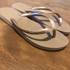 Havaianas Golden Bronze Flip Flops
